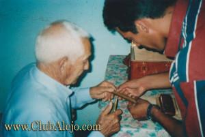 Alejandro-Robaina-cigars-CA 103 b