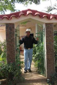 Pedro Reyes  (457)